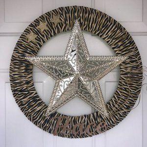 Gold star Peace wreath New